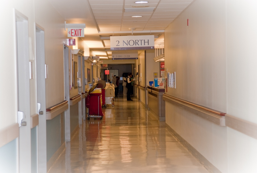 Inpatient transplant unit, north at NewYork-Presbyterian/Weill Cornell Medical Center
