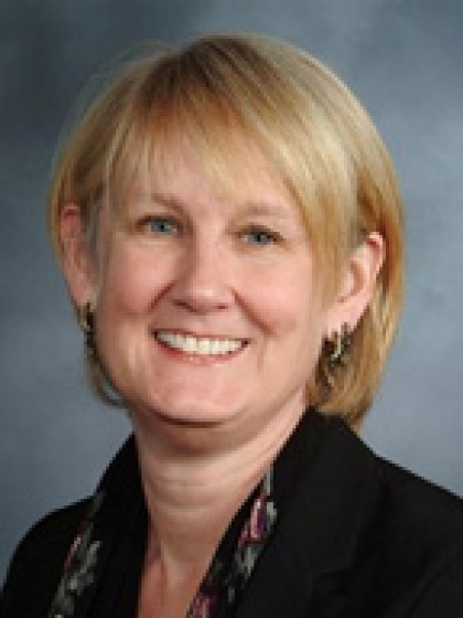 Profile Photo of Elizabeth Lowell Auchincloss, M.D.